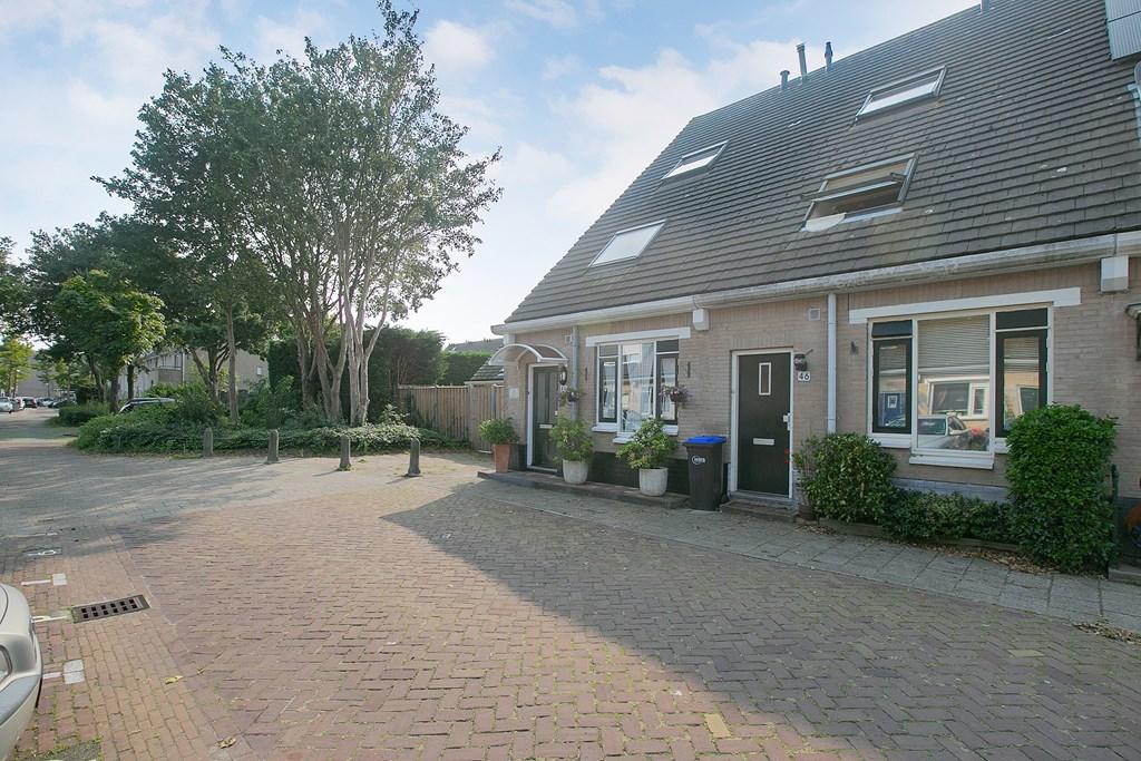 Dr. R.J. Fruinstraat