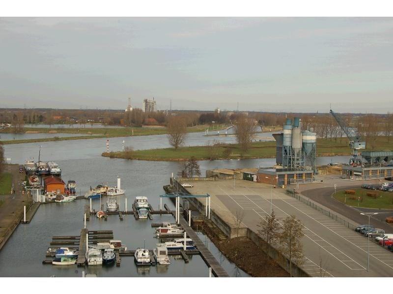 Maashaven, Roermond