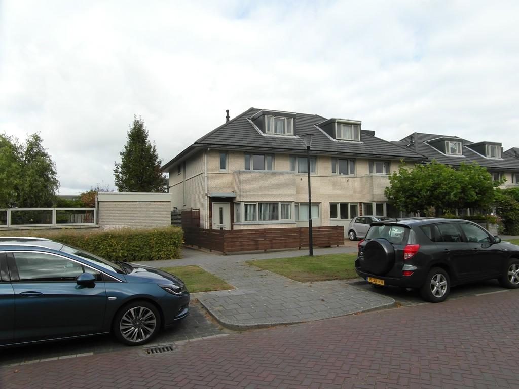 Lien Gisolflaan, Amstelveen