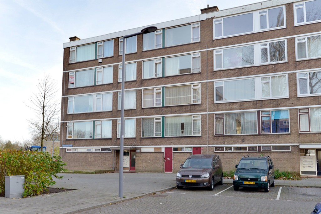 Menno Ter Braakstraat 57, Rotterdam