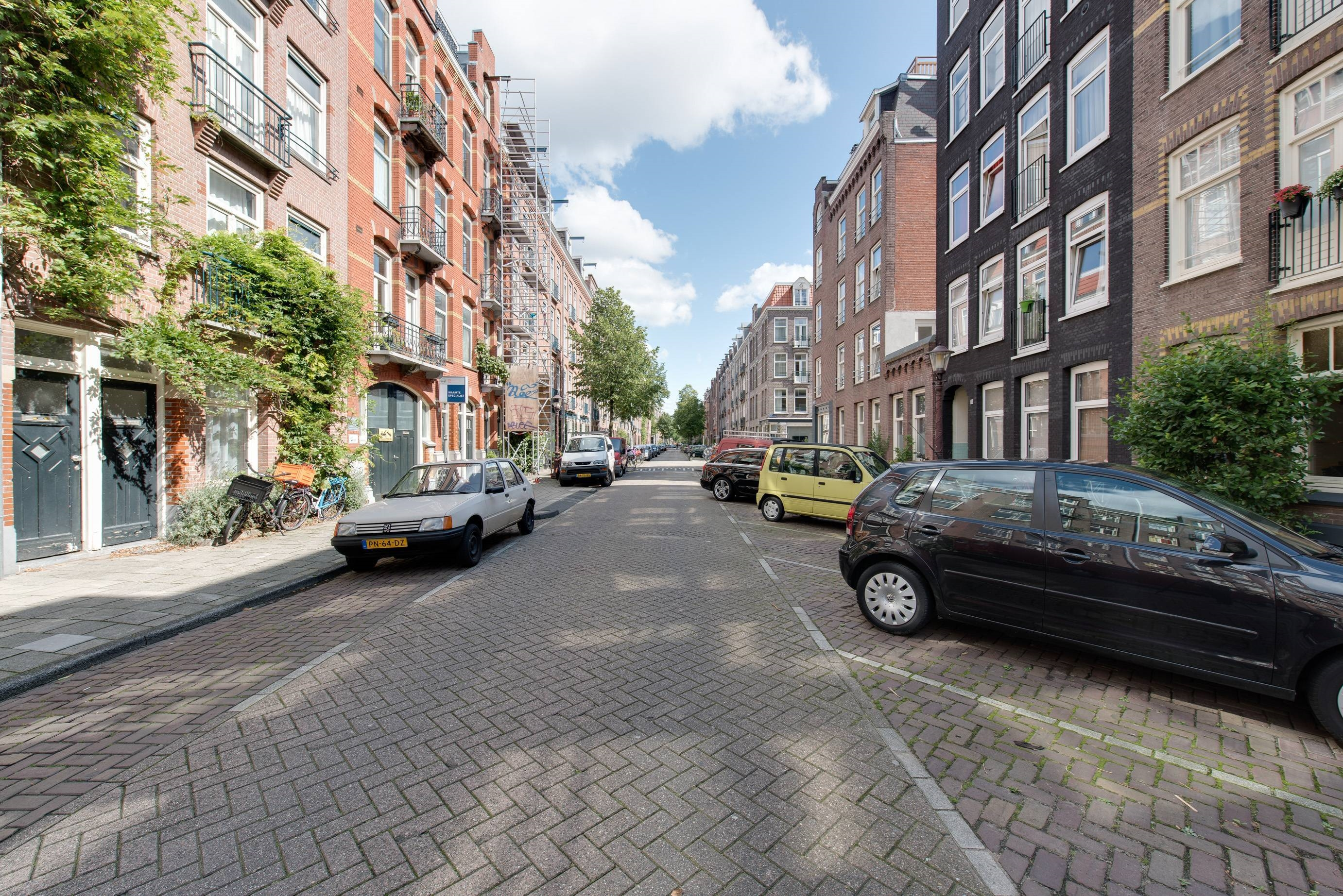 For rent: Kanaalstraat 132I, 1054 XN Amsterdam