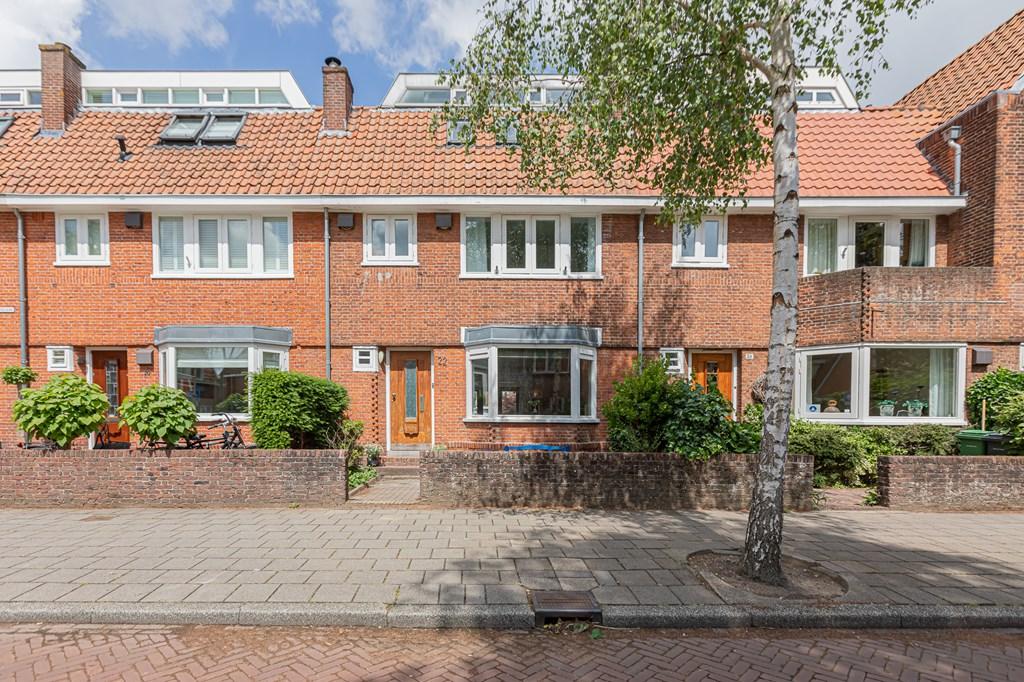 Catharina Van Clevelaan, Amstelveen
