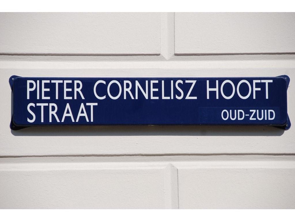 Pieter Cornelisz Hooftstraat, Amsterdam