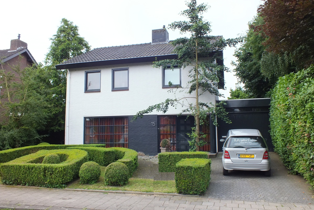 Sint Remigiusstraat, Schimmert