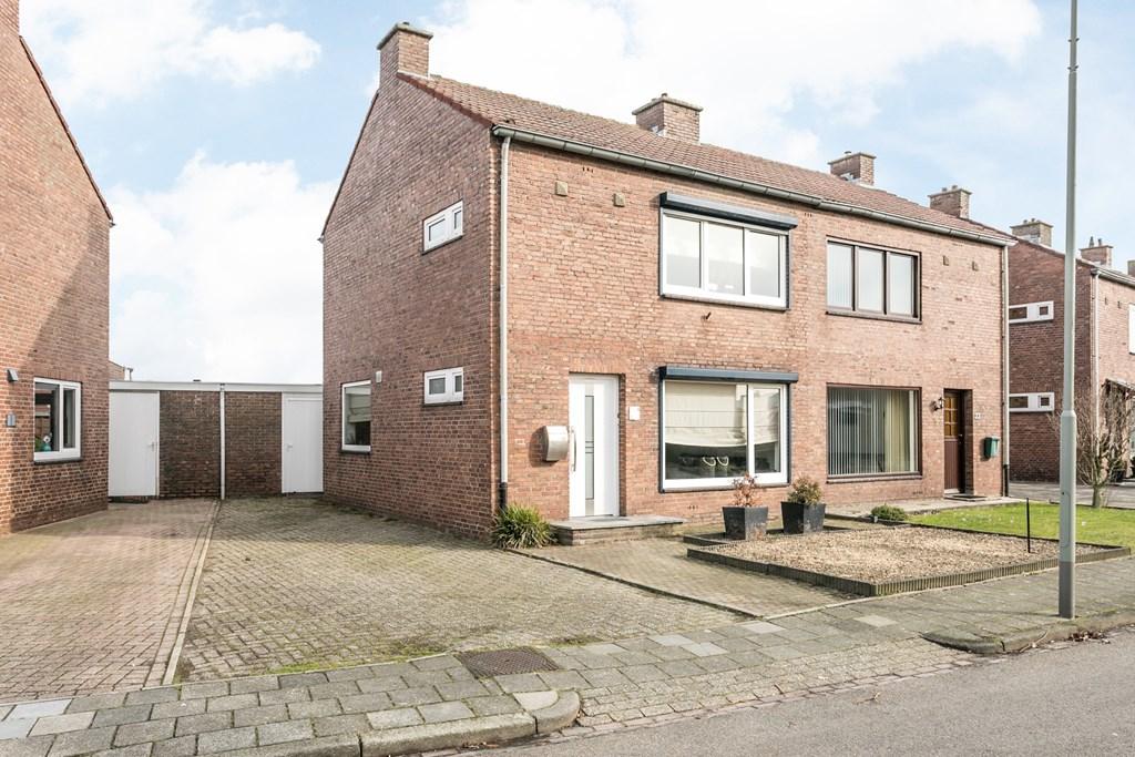 Pastoor Halmansstraat