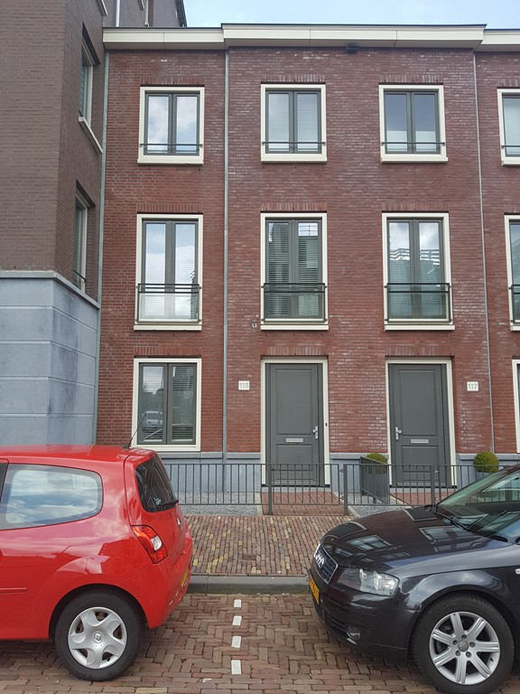 Plaspoelstraat, Leidschendam