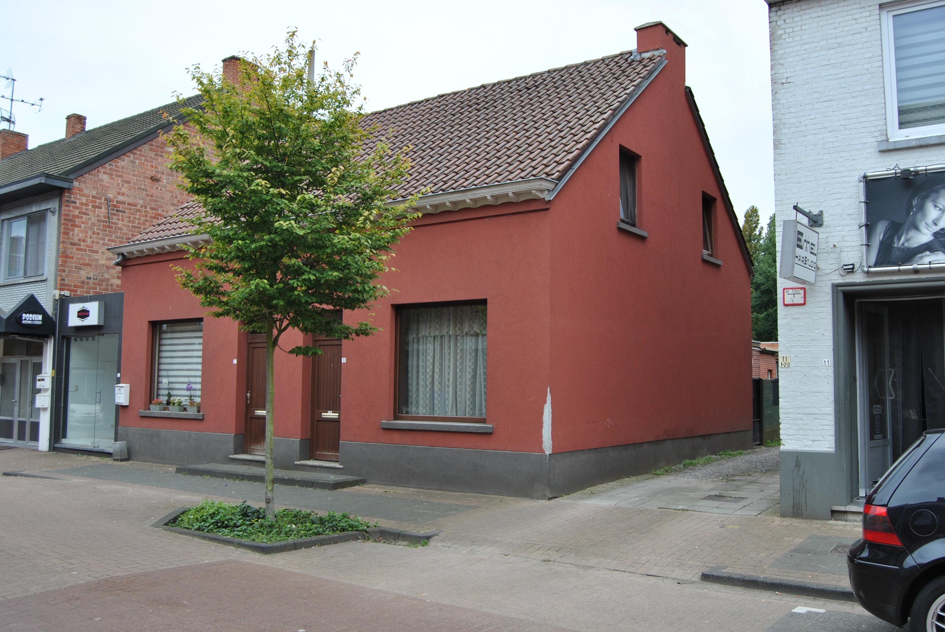 Te koop: Ideale  starters-woning met 2 slpks en terras te Heusden-Berkenbos. Klein beschrijf mogelijk!
