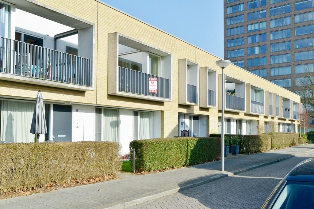 Doornenburg 13, Rotterdam