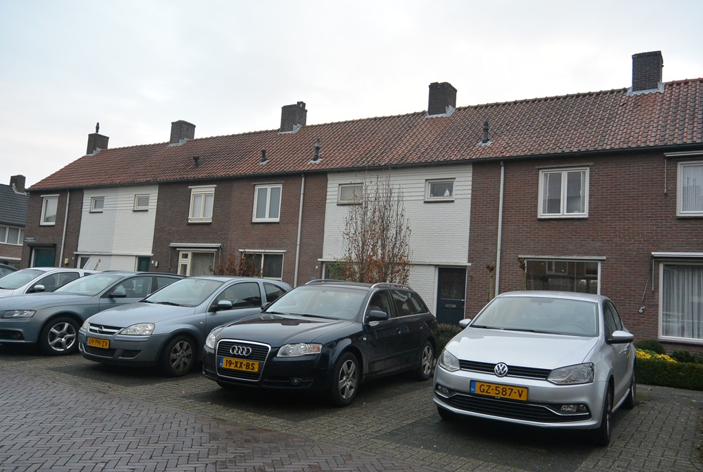 G.A.E. Christstraat, Best