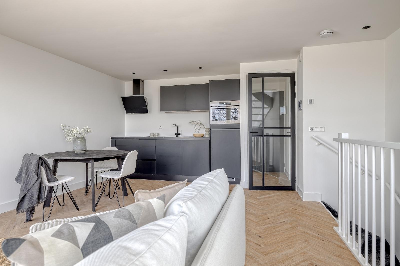 For rent: Hebridenlaan 27C, 1060 LS Amsterdam