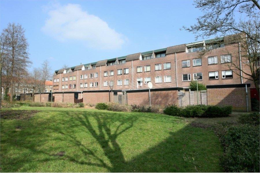 Meindert Hobbemastraat, Dordrecht