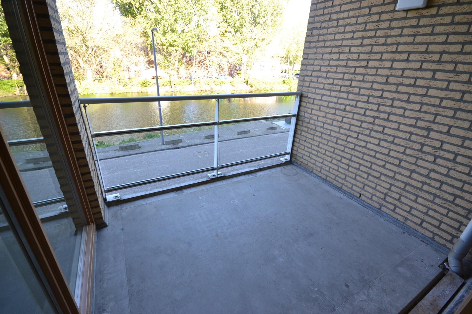 53526735_balkon13E.jfif
