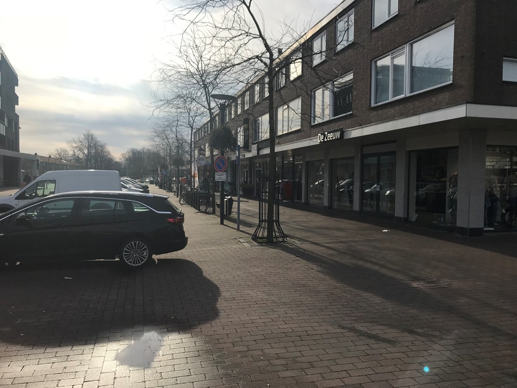 Oranjeplein, Puttershoek