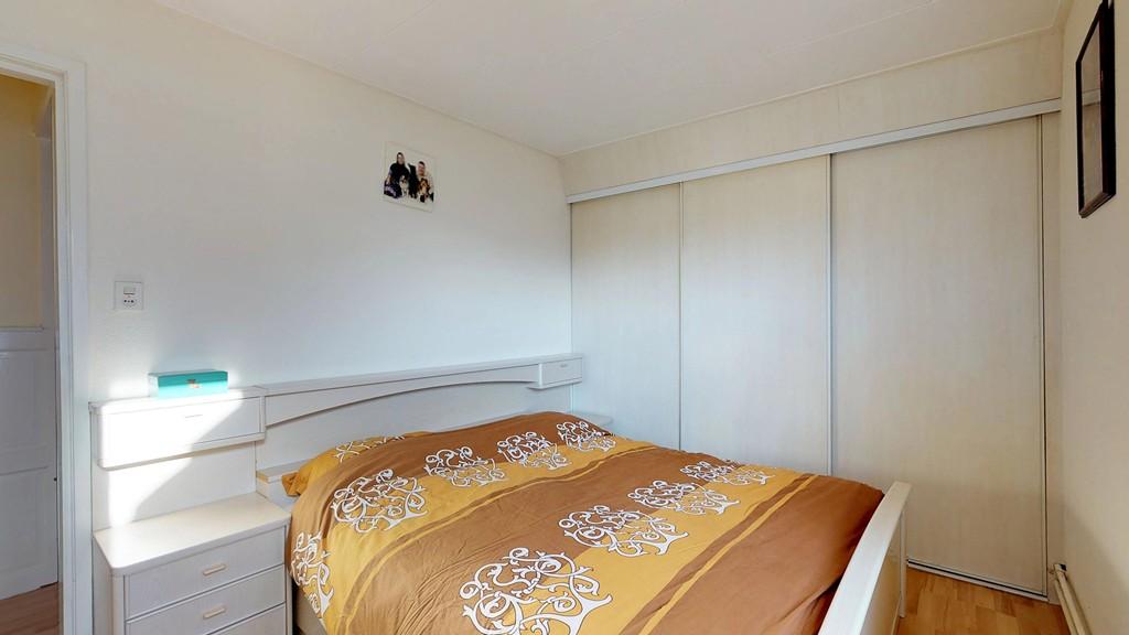 10 - slaapkamer 1 a