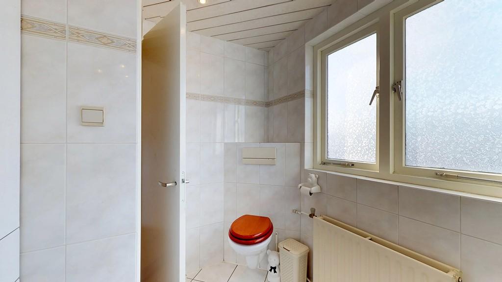 15 - badkamer b