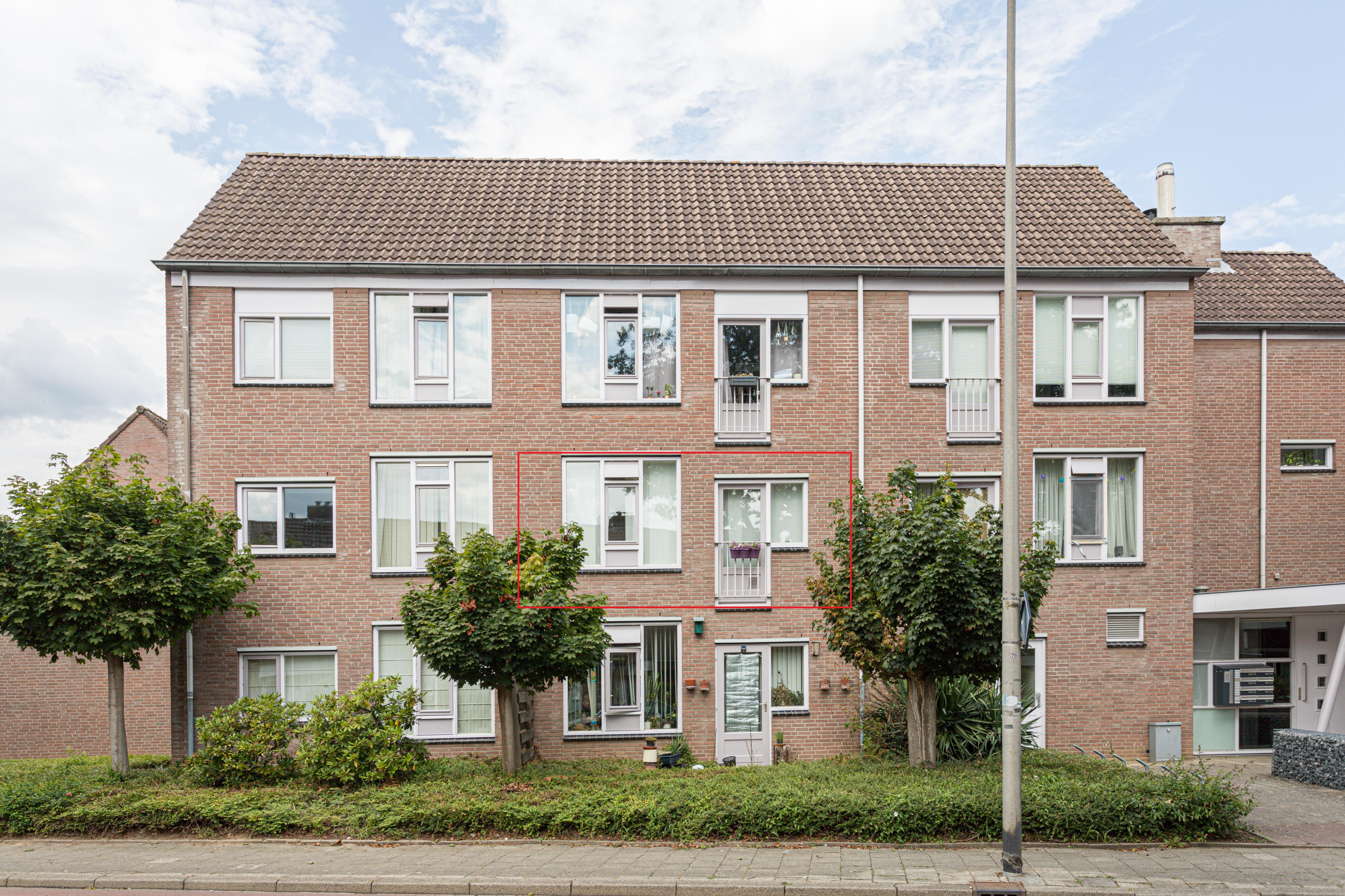 Onder bod: Planetenhof 42b, 6215TW Maastricht