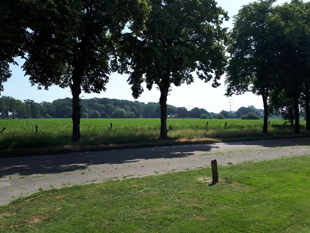 J J Van Deinselaan 448, Enschede