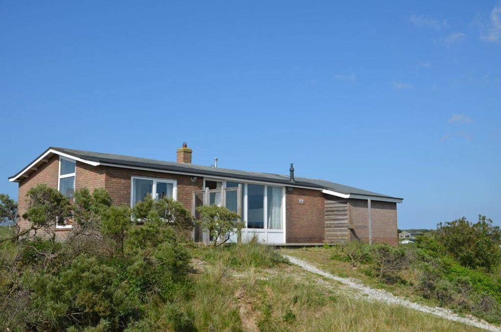 Aanbod verkoop makelaardij van keulen terschelling huis kopen terschelling - Modern huis aan zee ...