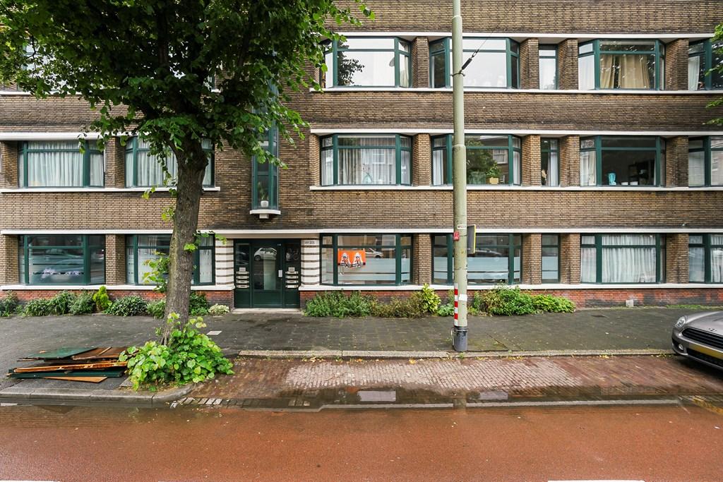 Vondelstraat, The Hague