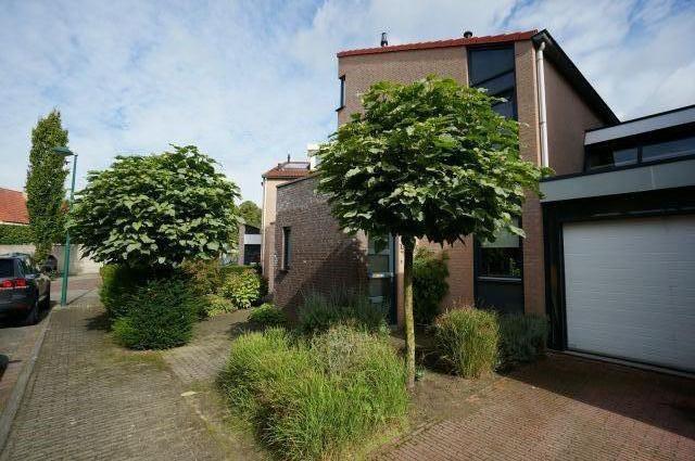 Amer, Veldhoven