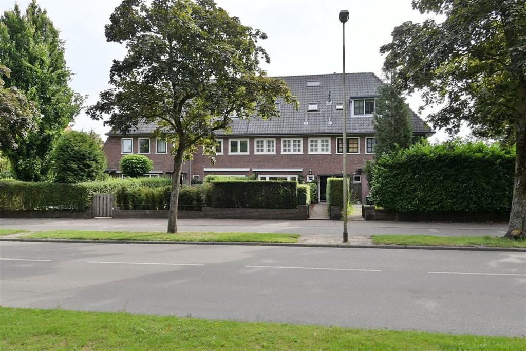 H.A. Lorentzweg, Bussum