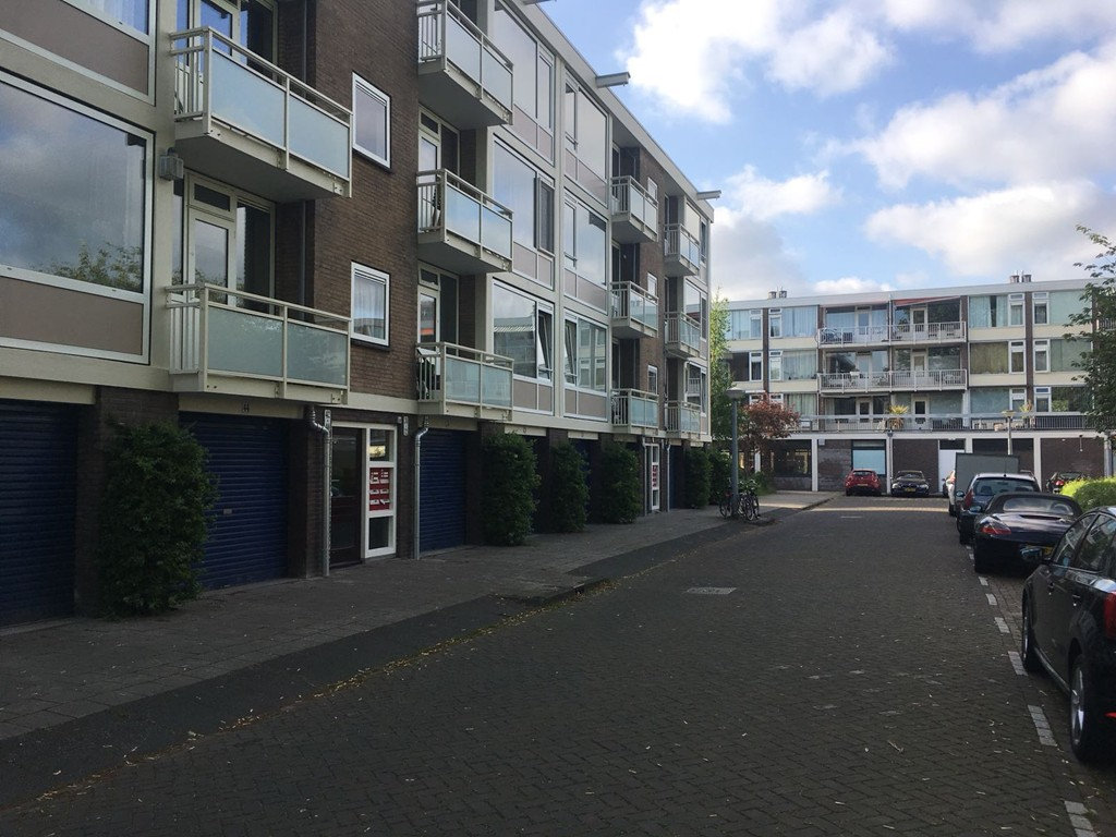 Onstein, Amsterdam