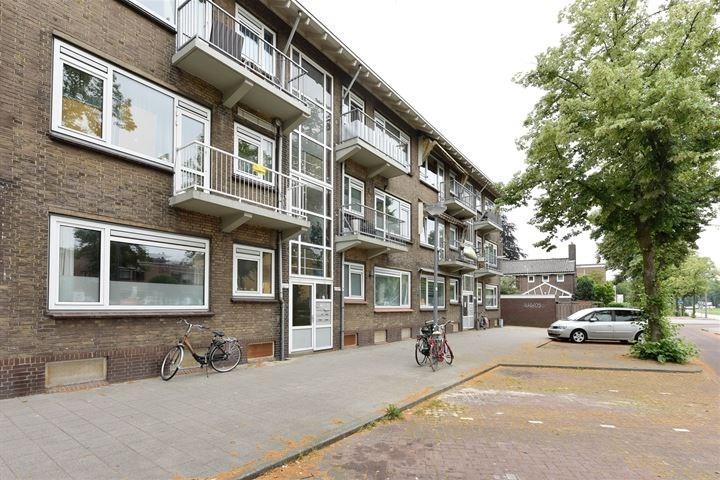 Appartement huren aan de Dorpsweg in Rotterdam