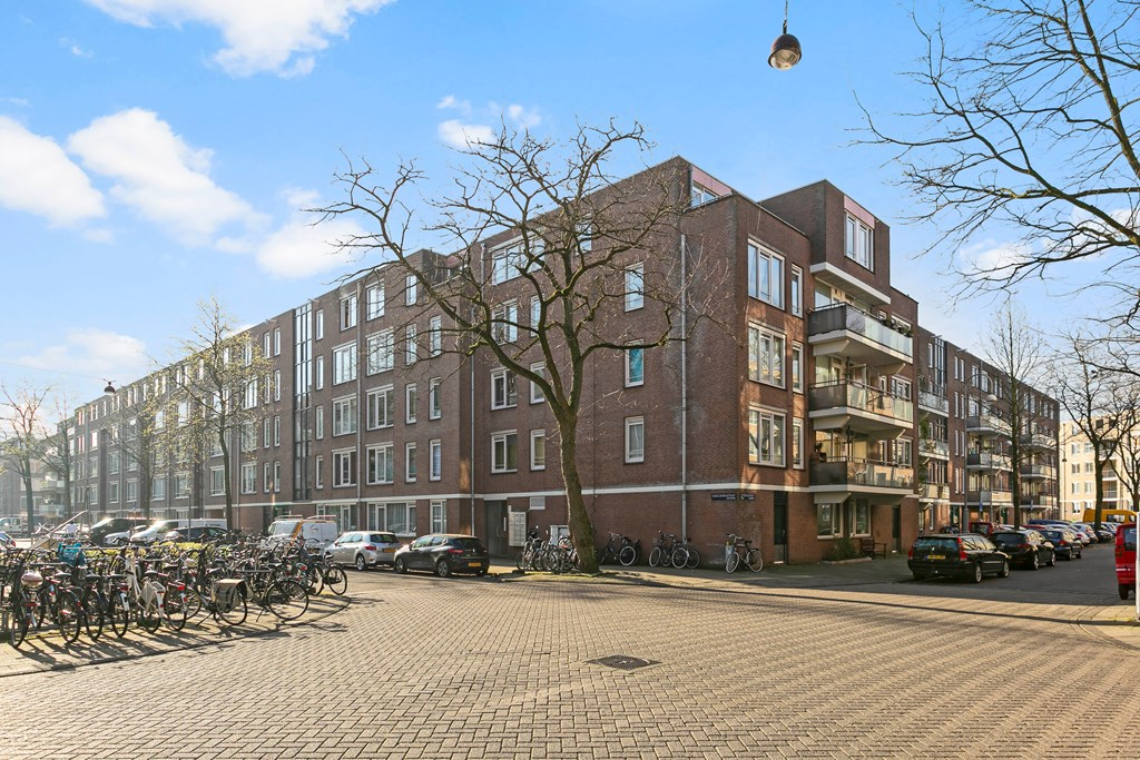 Nova Zemblastraat, Amsterdam