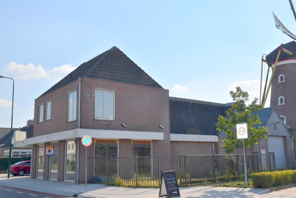 Karstraat, Mill