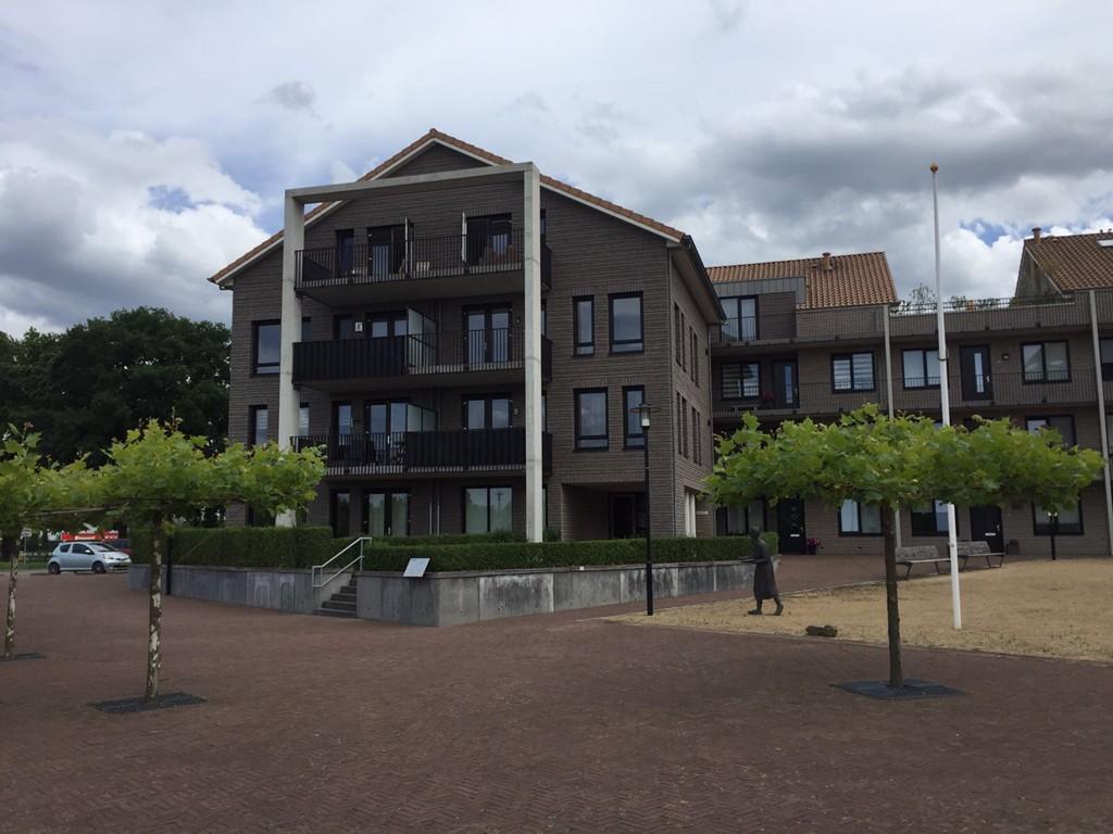 Munthervesteplein, Urmond