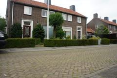 Pastoor van Akenstraat, Vlijmen
